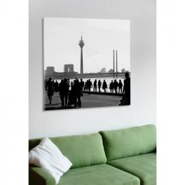 designersgroup - Leinwanddruck schwarz-weiß mit Düsseldorf-Motiv: Rheinuferpromenade - Druck auf Leinwand im Format 50 x 50