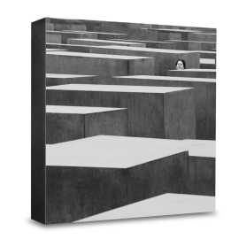 COGNOSCO Holzblock Berlin: Holocaust-Denkmal